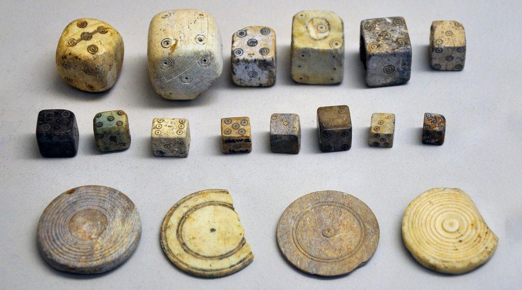 Кости и фишки Древнего Рима