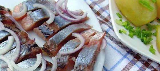 Рецепт солёной селёдки по-домашнему