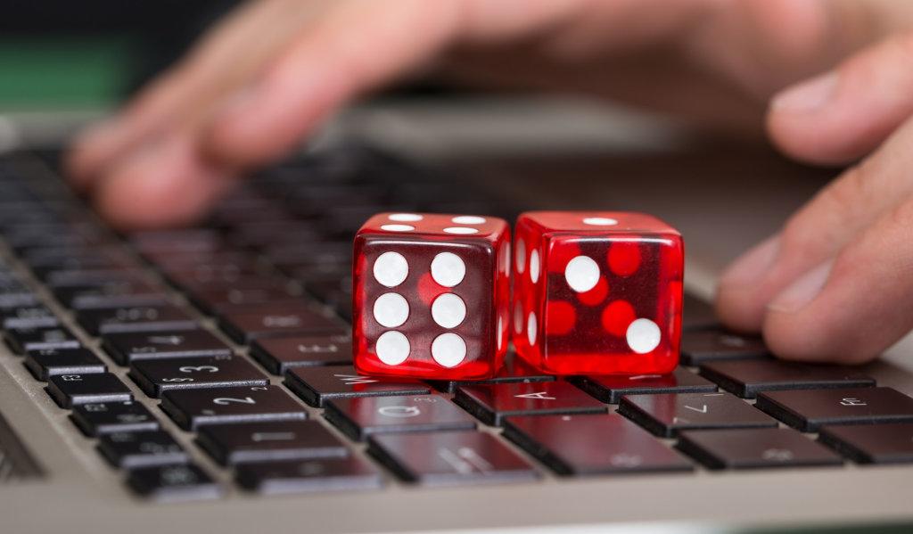 Появление интернет-казино внесло настоящий фурор в игорную деятельность