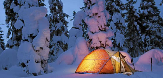 Как с комфортом ночевать в зимней палатке?
