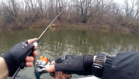 Рыбалка на спиннинг с берега в начале ноября 2020