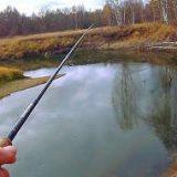 Как найти и поймать рыбу на новом участке реки осенью?