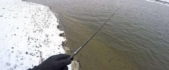 Спиннинг с берега: Первый снег