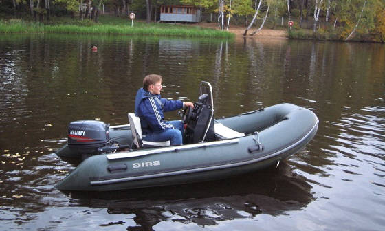 мощный мотор на маленькую лодку