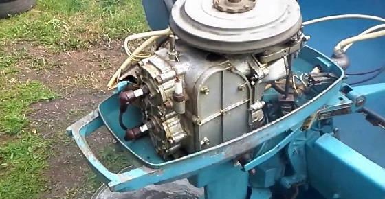 Советский лодочный мотор МОСКВА 30