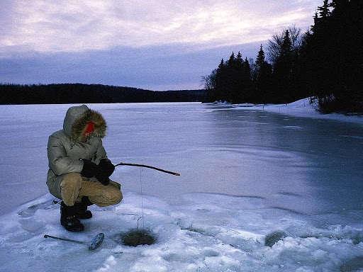 Идеальное озеро для зимней рыбалки