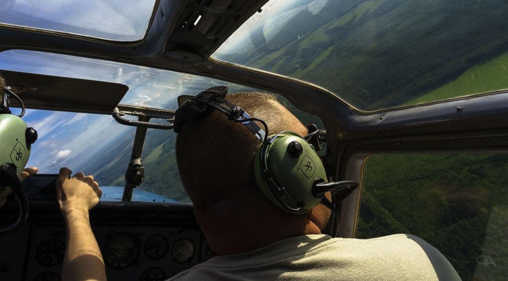 Полеты на самолетах и вертолетах