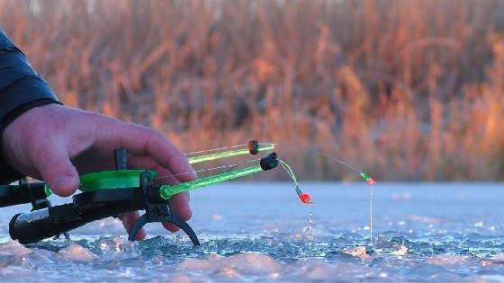 ЗИМНЯЯ РЫБАЛКА на тонком льду в оттепель