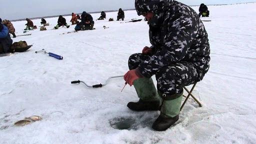 Рыбалка на Петровской зимой