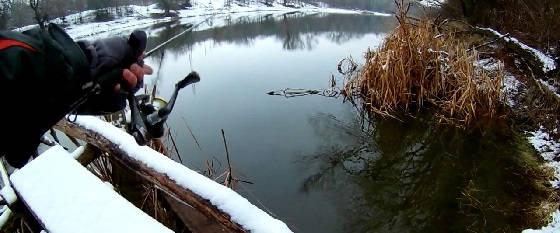 Ловля окуня зимой на ультралайт