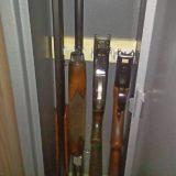 Когда ружье в сейфе