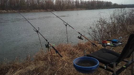 Рыбалка на фидер весной в марте под Киевом