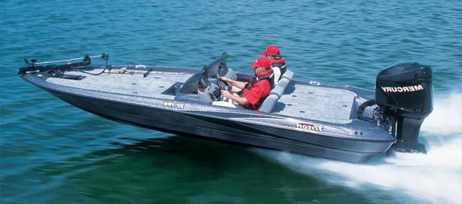 TRITON196 Bass Boat