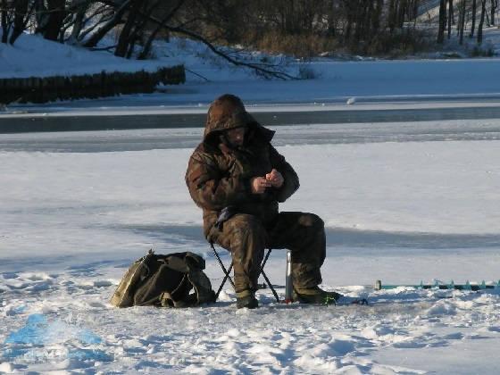 Ловля фанеры зимой