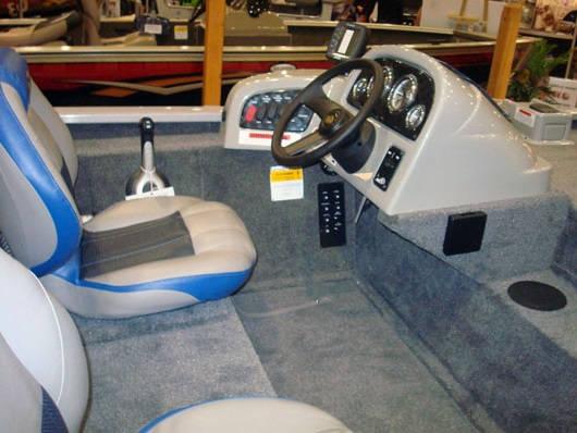 Отделка кокпита лодок и катеров