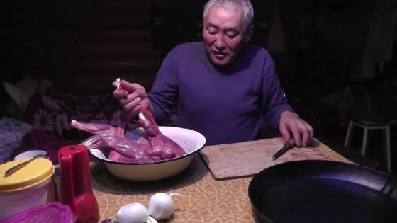 Поджарка мяса кабарги