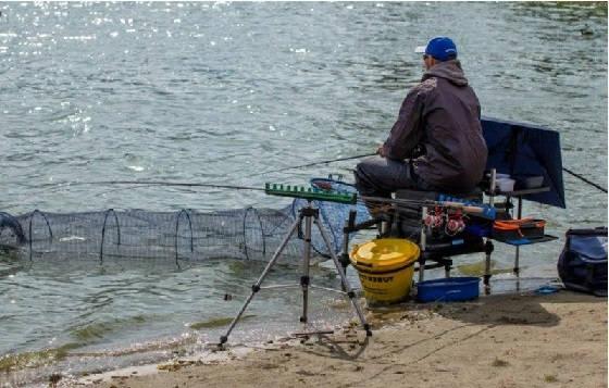 Куда поехать на рыбалку в Киеве?