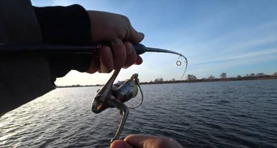 Рыбалка на спиннинг в МОРОЗЫ