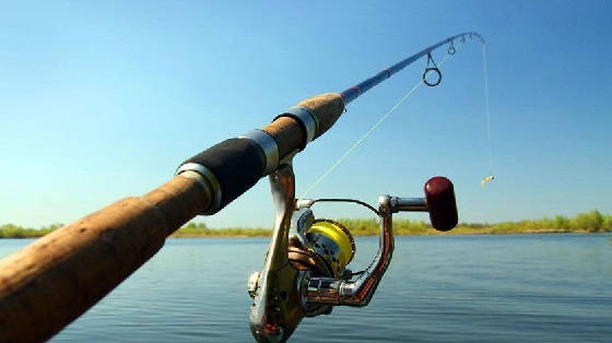 Рыбалка с берега на джиг