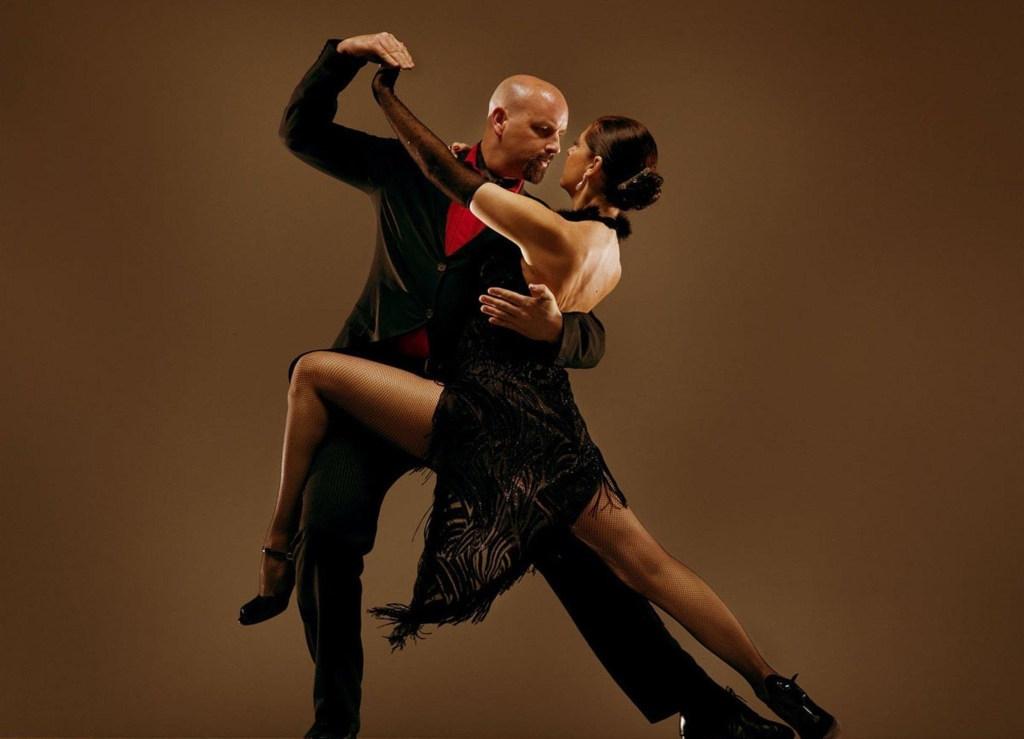 танцы танго