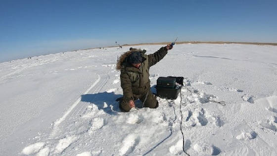 Ловля Ельца со Льда на озере Сартлан