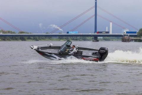 X7 Vboats