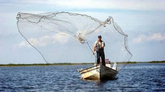 Рыбалка на кастинговую сеть американку