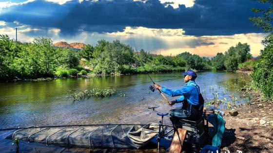 РЫБАЛКА на малой реке ПИКЕРОМ
