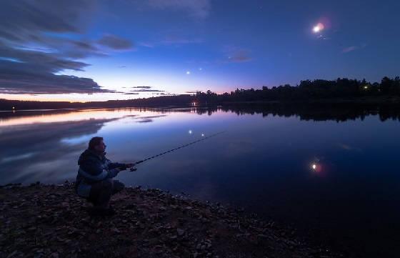 Ночная РЫБАЛКА на ЛЕЩА на ФИДЕР