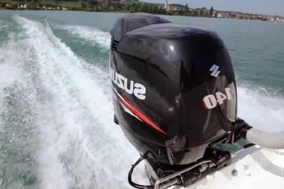 Выбор правильной высоты крепления подвесного лодочного мотора
